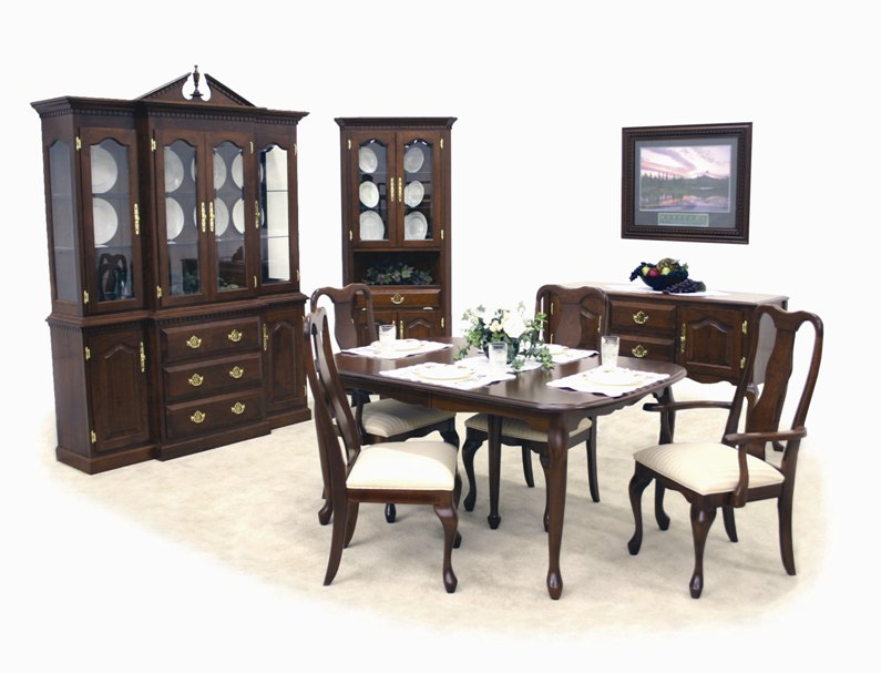 97 Queen Anne Dining Room Hutch Deluxe Chair